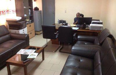 Après son élection au poste de Deuxième Secrétaire Parlementaire, l'Honorable Dakpè SOSSOU prend service.