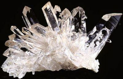 La pierre du mois : le cristal de roche, pierre suprême