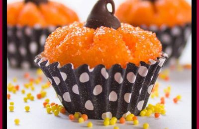 Pumpkin Shaped Chocolate Truffles - Pumpkin Shaped Brigadeiro