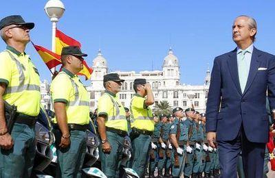 El impresionante curriculo del flamante fichaje de Red Eléctrica Española Arsenio Fenández de Mesa ex director de la Guardia Civil