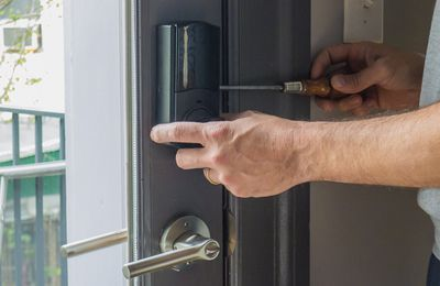Master locksmiths in slough – 24-hour mobile service