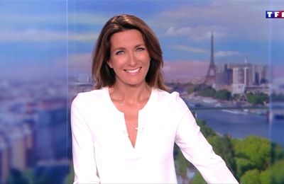 Anne-Claire Coudray JT 13H TF1 le 21.10.2017