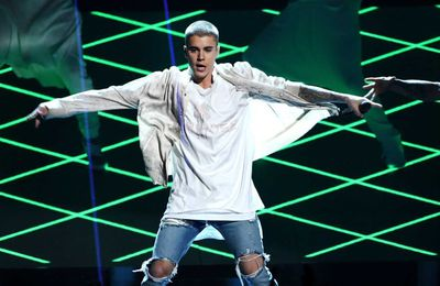 Performance de Justin Bieber aux Billboard Music Awards 2016