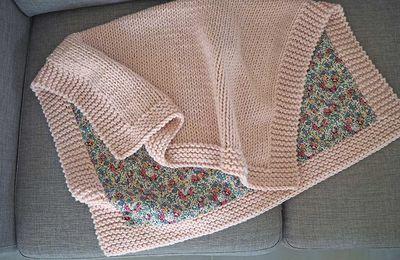 Couverture bébé tricot doublée de tissu