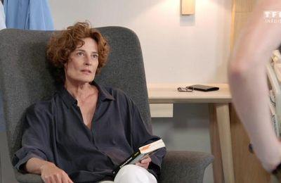 """Laure Killing de la série """"Demain nous appartient"""" était en live sur le Facebook de My TF1"""