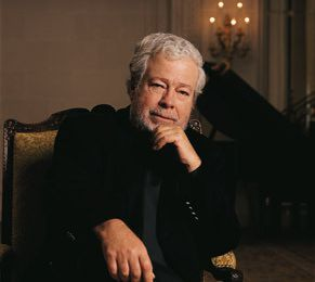 Jonathan Nott dirige Nelson Freire et l'Orchestre de la Suisse Romande.