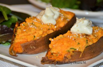 Baked Sweet Potatoes with a Creamy Filling
