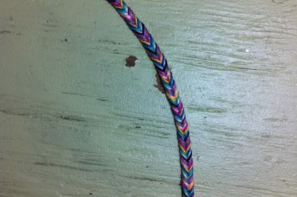 Make Your Own Fishtail Friendship Bracelet!