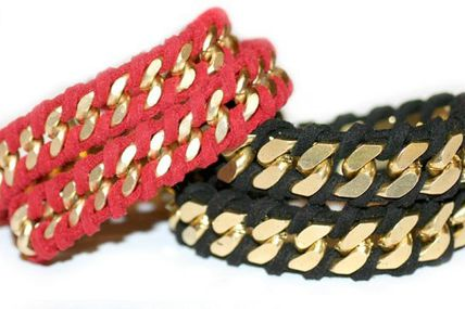 Go retro with handmade leather & metal bracelet