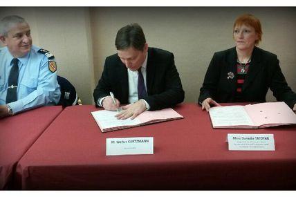 Peltre Signature de la convention participation citoyenne