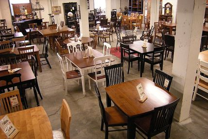 Buying Furniture From A Furniture Warehouse
