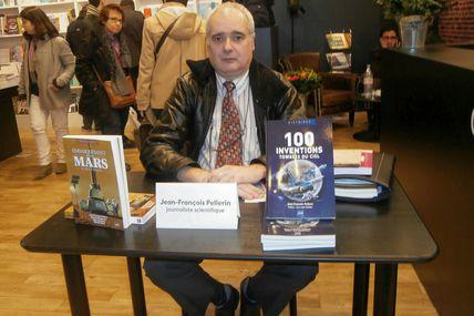Succès pour la dédicace du dernier livre de Jean-François PELLERIN au Salon du Livre de Paris le 21 mars 2015