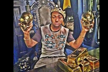 Davido s'auto-proclame roi: photo