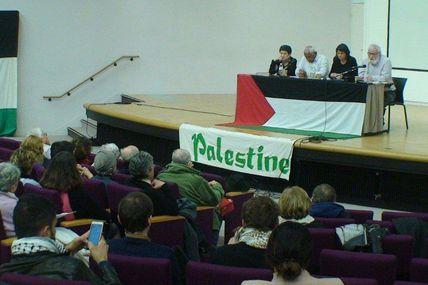 Le collectif pour une paix juste et durable en Palestine a organisé une soirée conférence.