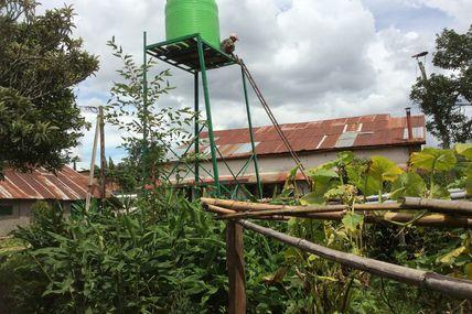 Installation d'une citerne pour notre atelier agro. . .