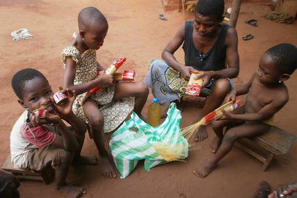 Les enfants du Togo vous souhaitent un joyeux Noël