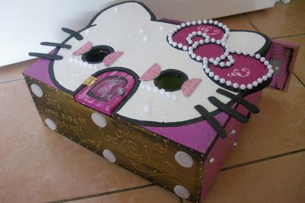 """ Hello Kitty "" ( Maison )"