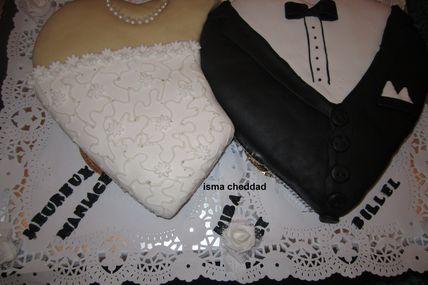 gateau de mariage (costume et robe blanche)
