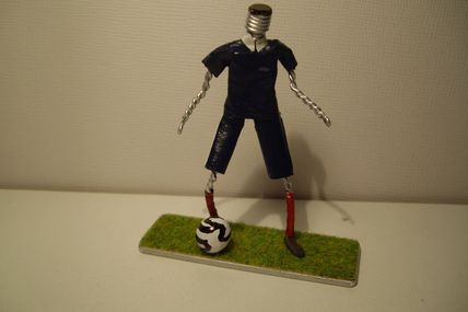 Muselet et Foot - sculptures-sur-muselets-de-jp.over-blog.com