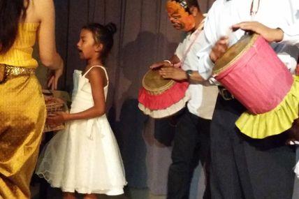 """""""Pour un Sourire d'Enfant"""". Des milliers d'enfants cambodgiens arrachés à la misère..."""