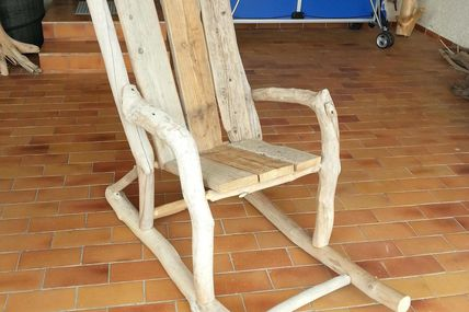 Rocking chair en bois flotté