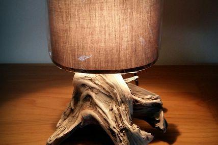 Petite lampe bois flotté naturelle