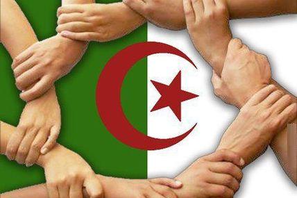 Le secret du changement pacifique en Algérie - سر التغيير السلمي  في الجزائر
