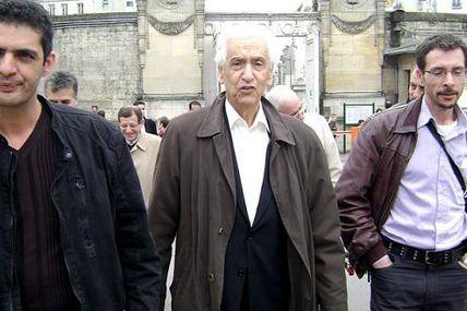 8 jours de deuil national après la mort de Hocine Aït-Ahmed