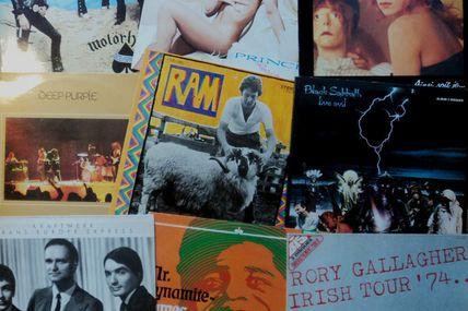 Grande Vente autour du Thème de la Musique (Vinyls & Archives Diverses), ainsi que Sous-Bocks, Magnets...