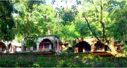 Beatles Ashram At Rishikesh / Krishna Holidays