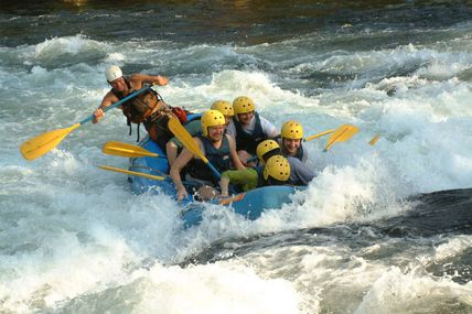 White Water Rafting in Rishikesh / Krishna Holidays