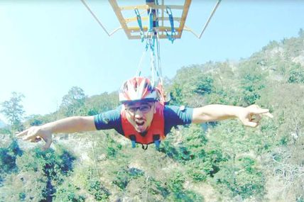 Flying Fox activity in Rishikesh / By Krishna Holidays