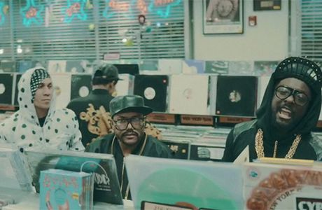"Nouveau son: The Black Eyed Peas""Yesterday"""