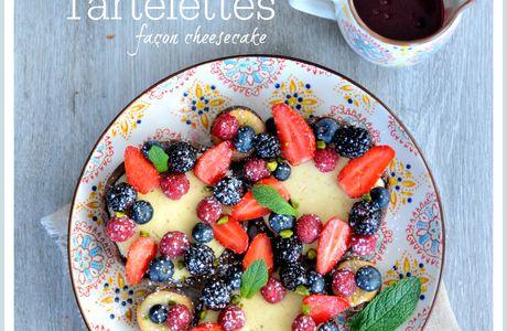 Tartelettes façon cheesecake aux fruits rouges et sablé chocolat