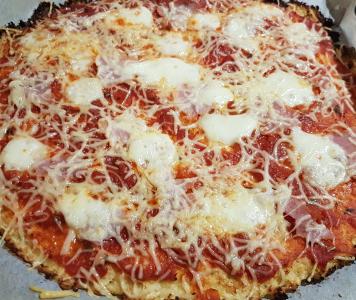 Pizza en pâte de choux-fleurs