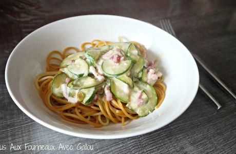 Spaghettis aux Courgettes et Lardons