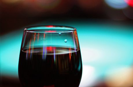Buying Red Wines for a Party - How Much to Buy and Spend Per Bottle