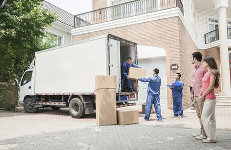 Hire Professional Movers and Bid Your Worries Farewell