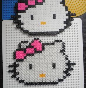 CREAZIONI PYSSLA: Hello Kitty