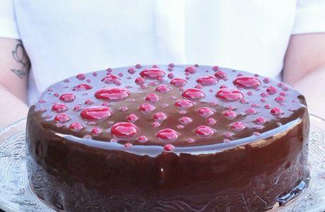 Entremet chocolat-framboise