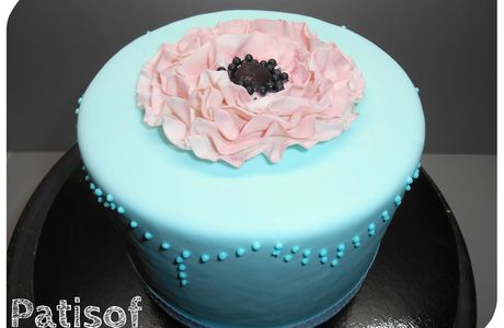 Vintage cake so chic !