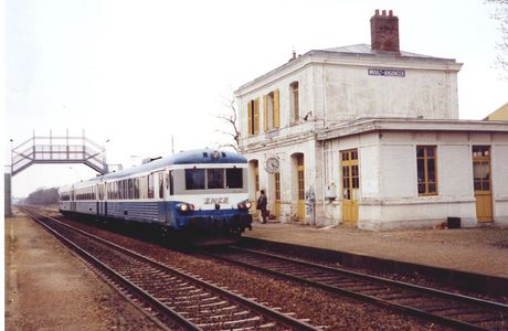 Gare de Moult-Argences (14)