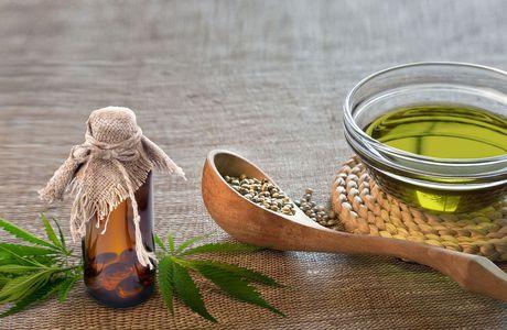 Descubren que el aceite de la planta del cannabis es altamente beneficioso para los enfermos de fibromialgia