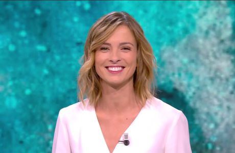 Isabelle Ithurburu Canal Rugby Club Canal+ le 19.03.2017