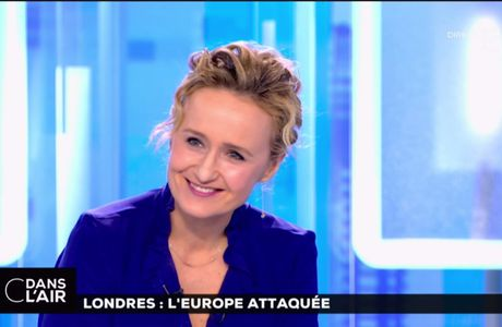 Caroline Roux C Dans l'Air France 5 le 23.03.2017