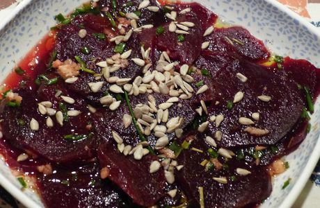 Carpaccio de betteraves, marinade au gingembre