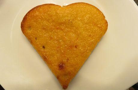 Un simple gâteau en forme de coeur ?