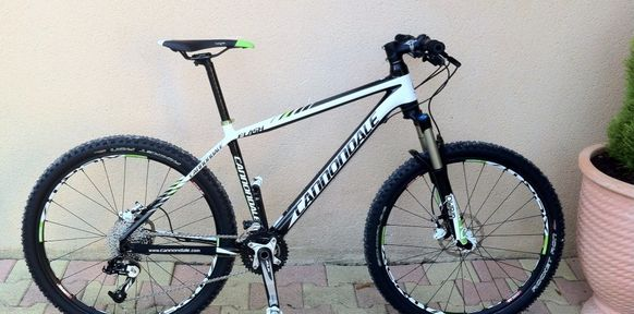 Je continue la présentation de mes vélos avec mon VTT qui est un ...: paul.barbier.over-blog.com/tag/materiels