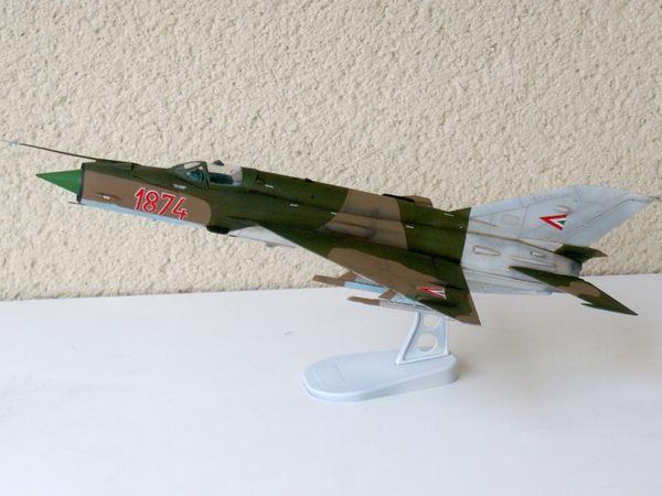 MIG-21 BIS HONGROIS - EDUARD WE 1/48