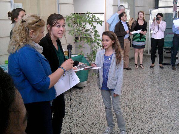 """En juin 2012, une quarantaine d""""élèves du collège ont été distingués lors de la cérémonie. A vous de les reconnaître."""